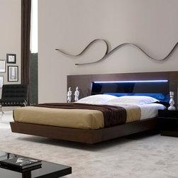 Barcelona Bedroom in Tobacco Finish - Modern Style Bedroom Set