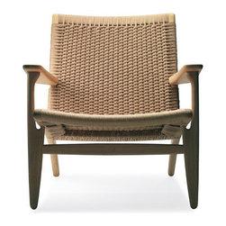 Hans Wegner CH25 Easy Chair | Danish Design Store -