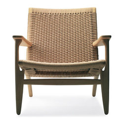 Hans Wegner CH25 Easy Chair | Danish Design Store -