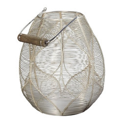 Lazy Susan - Lazy Susan 346019 Silver Wire Palm Basket - In need of an elegant way to store magazines or small household objects? You'll find plenty of uses for this handcrafted steel basket. With its bright silver finish, it will brighten a corner in any room.