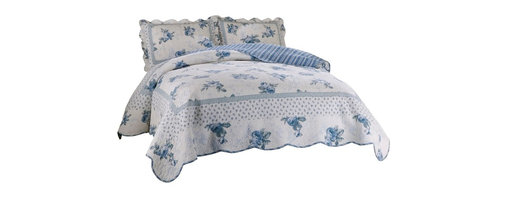 Traditions - Rose Blossom Blue King Quilt with 2 standard shams - Scalloped edges, delicate flowers and fine stitching in this classic bed. 100% cotton face materials and cotton fill make this quilt a classic for any traditional bedroom.