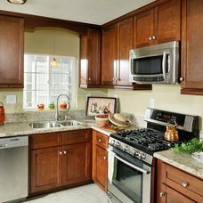Kitchen Cabinets by Golden Hammer Cabinet Wholesale
