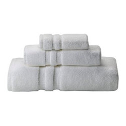 White Thomas O'Brien 3-Piece Towel Set - I am totally sold (and so are our house guests) on these 100 percent cotton soft white towels from Target. At $24.99 for a three piece set, they are priced well.