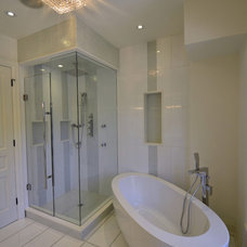 Contemporary Bathroom by Memar Architects Inc.