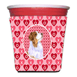 Caroline's Treasures - Australian Shepherd Valentine's Love and Hearts Red Solo Cup Hugger - Fits red solo cup or large Dunkin Donuts / Starbucks ice coffee cup. Collapsible Foam. (16 oz. to 22 oz. Red solo cup) Toby Keith made the cups more popular with his song. We make them nicer to carry around. The top of the cup is still exposed to add your name with a marker too. Permanently dyed and fade resistant design. Great to keep track of your beverage and add a bit of flair to a gathering. Match with one of the insulated coolers or coasters for a nice gift pack. Wash the hugger in your dishwasher or clothes washer. Design will not come off.