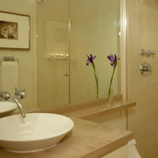 Small Bathrooms Big on Beauty : Rooms : Home & Garden Television