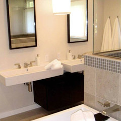 modern bathroom by Innerspace Interior Design LLC