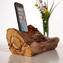 iPhone Dock & Vase by Valliswood - Are you in love with this charging station as much as I am? I adore the texture and think it would look great in an all-white office.