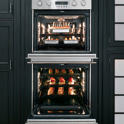 """GE Monogram 30"""" built-in electronic convection double wall oven - Each oven in our Monogram 30"""" built-in electronic convection double wall oven has a 4.4 cubic foot capacity to handle even the largest crowd."""