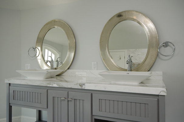 Vanity Tops And Side Splashes by The new Famar