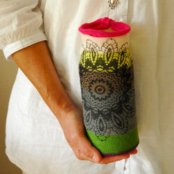 Knitted Vase Cover TILLI with Screen Print - While I am a total devotee of the plain glass bottle vase, add some extra decoration with this knitted vase cover.