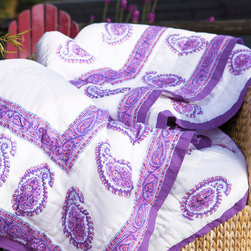Attiser - Paisley Bedding - Paisley bedding Amethyst Amore Quilt Hand Block Printed from Attiser .Purples here are accented in lavenders and pinks, which tie the pattern subtly and brilliantly.Hand Block Printed from Attiser