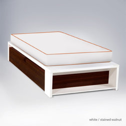 ducduc alex platform bed - No boxspring required.