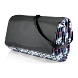 Picnic time - Blanket Tote XL- Black Plaid - The Blanket Tote XL by Picnic Time is the ultimate extra large picnic blanket. Made of polyester fleece, it has a convenient stretch cord and button closure and a zippered accessory pocket. Whether you're at the beach or the park, the water-resistant underside protects the blanket from any ground dampness for worry-free comfort. With over 38 square feet of surface area, the Blanket Tote XL is big enough for several people, and with its extra zippered pocket and comfortable shoulder strap, it's the only blanket you'll need for your outing.