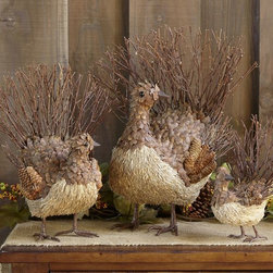 Twig Turkey - These twig and straw turkeys would make the perfect centerpiece for a buffet or dining table. I love that they are made with natural elements and bring a festive yet rustic touch to any decor.