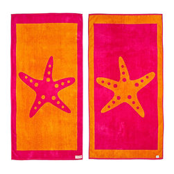 FREEMAN LCL - 100% Cotton Reversible Oversized Beach Towel, Pink/Orange, Sand Dollar, Starfish - This wonderfully lush, oversized beach towel features a fun starfish print on both sides. Made from super plush cotton, this beach towel is reversible for versatility.