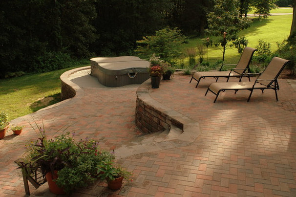 Contemporary Patio by Greenridge Landscaping