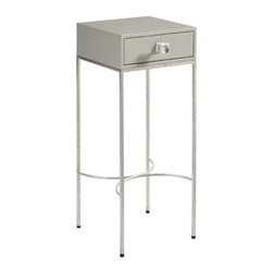 Stanley Furniture - Crestaire-Sunset Table - Featuring a modest scale and precision metal base, the Sunset Table graces center stage in an unassuming manner.