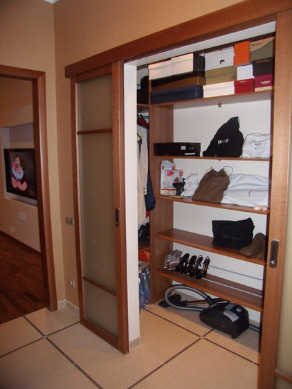Contemporary Closet by Natalia Osipova (design studio TABITI)
