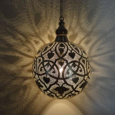 Traditional Pendant Lighting by E Kenoz