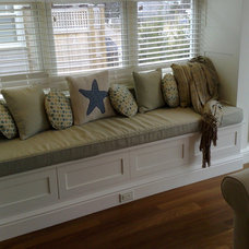 Beach Style Kitchen by Dolores Cary for Ethan Allen Quincy, MA