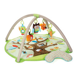 Skip Hop Treetop Friends Activity Gym - When it's time to set baby down, you'll be sure to see some smiles with this adorable play mat.