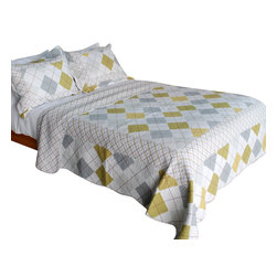 Blancho Bedding - [Fantasy Drift]100% Cotton 3PC Vermicelli-Quilted Patchwork Quilt Set Full/Queen - The [Fantasy Drift] Quilt Set (Full/Queen Size) includes a quilt and two quilted shams. Shell and fill are 100% cotton. For convenience, all bedding components are machine washable on cold in the gentle cycle and can be dried on low heat and will last you years. Intricate vermicelli quilting provides a rich surface texture. This vermicelli-quilted quilt set will refresh your bedroom decor instantly, create a cozy and inviting atmosphere and is sure to transform the look of your bedroom or guest room. Dimensions: Full/Queen quilt: 90 inches x 98 inches; Standard sham: 20 inches x 26 inches.
