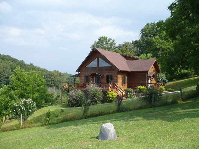 Our Log Home.JPG
