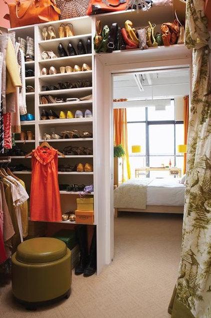 Traditional Closet closets