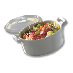 Revol - Revol Porcelain Belle Cuisine 88.25 oz. Cocotte with Lid - Not just a pretty culinary face, this 2.75-quart, white cocotte with lid is ready to slow cook your favorite stews, soups and casseroles to perfection. Made from culinary grade porcelain in a classic shape that never goes out of style, it goes from your oven to your tabletop with ease.