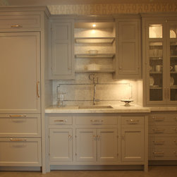 Traditional Kitchen Cabinets -