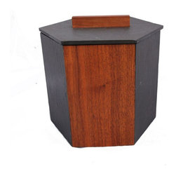 "Pre-owned Jens Risom Slate and Walnut Ice Bucket - This killer Jens Risom ice bucket was crafted in beautifully grained walnut and slate. It would be a show stopper at your next holiday party! Jens Risom was one of the first designers to work for the legendary Knoll company. With a career spanning 70 years, it is no surprise that many still believe the phrase, ""The answer is Risom!"". There are some light scratches to the slate, as shown, but otherwise this collector's ice bucket is in excellent vintage condition."