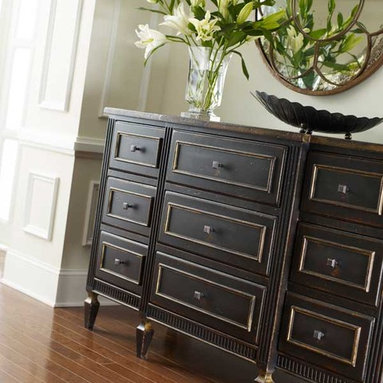 Habersham American Treasures Classic Nine Drawer Chest - One of many designs in Habersham's American Treasures ® Collection of copyrighted furniture designs.