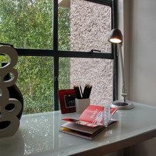 Contemporary  by Flüff Designs & Decor