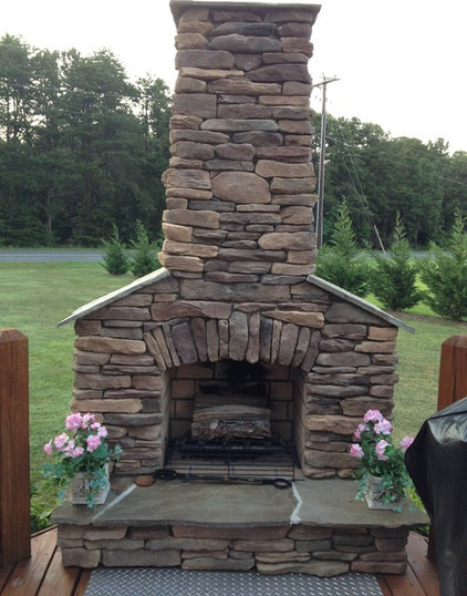 Outdoor Fireplace1.JPG