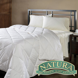 Natura World - Natura Wash 'N Snuggle Washable Wool Twin-size Comforter - This washable twin-size comforter offers a clean look and feel that will complement any room's decor. It was built with virgin wool material which wicks away moisture to ensure optimal temperature control at all times throughout the year.