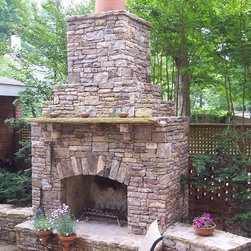Drystack Natural Stone Outdoor Fireplaces & Fire Pits -