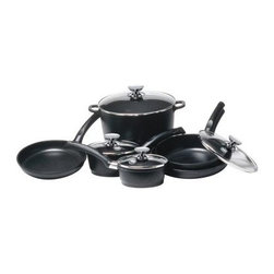 Berndes SignoCast 10-Piece Set - The Berndes SignoCast 10-Piece Set includes many popular pans suitable for making all your favorite dishes.Everything you need to create a great meal is included in the Tradition 10-Piece Set; a 9.5 inch skillet an 11 inch skillet a 2.5 quart saute pan with glass lid a 1.25 quart sauce pan with glass lid a 2 quart saucepan with glass lid and a 10 quart stockpot with glass lid. All Berndes cookware is made with superior vacuum-pressure cast aluminum plus the non-stick surface is designed to never chip crack blister or peel. Oils and cooking sprays are not needed so healthy meals are easy to create. The strong plastic resin handles allow for safe transporting of pans.About Berndes.Founded in 1921 Berndes has designed and manufactured high-quality functional and practical cookware. Their products stand out among the rest. Berndes provides consumers with a complete range of cookware including: high-tech non-stick cast aluminum cookware heavy-gauge aluminum non-stick pans clay cookery and stainless steel cookware.The Berndes name is associated with superior quality and innovative cookware available for any taste type and budget. With a sense of responsibility for mankind and the environment Berndes makes sure that environmental protection plays an important role in the corporate policy as they go above and beyond environmental protection laws. The Berndes Environmental Declaration was one of the first in the household goods sectors to be declared valid by Gerling Cert Umweltgutachter GmbH Cologne in 2000.Range Kleen Mfg. Inc. located in Lima OH is the official retail distributor of Berndes brand cookware throughout the United States.