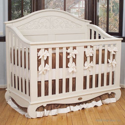 Chelsea Lifetime Crib in White by Bratt Decor - Chelsea Lifetime Crib in White by Bratt Decor