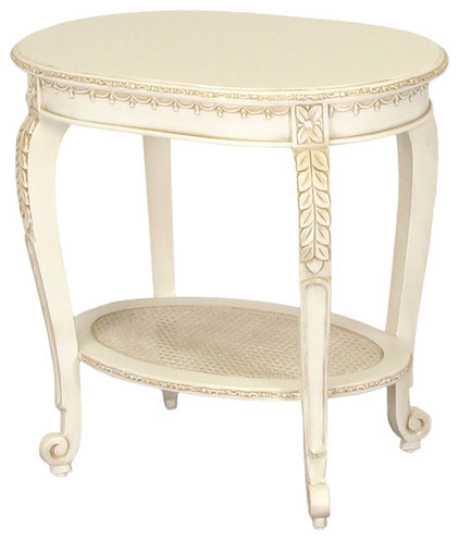 Traditional  by AFK Furniture
