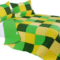 Blancho Bedding - [Energetic] Cotton 3PC Vermicelli-Quilted Patchwork Quilt Set (Full/Queen Size) - The [Energetic] Quilt Set (Full/Queen Size) includes a quilt and two quilted shams. This pretty quilt set is handmade and some quilting may be slightly curved. The pretty handmade quilt set make a stunning and warm gift for you and a loved one! For convenience, all bedding components are machine washable on cold in the gentle cycle and can be dried on low heat and will last for years. Intricate vermicelli quilting provides a rich surface texture. This vermicelli-quilted quilt set will refresh your bedroom decor instantly, create a cozy and inviting atmosphere and is sure to transform the look of your bedroom or guest room. (Dimensions: Full/Queen quilt: 90.5 inches x 90.5 inches Standard sham: 24 inches x 33.8 inches)