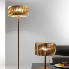 Modern Floor Lamps by Topdomus by Elettromarket illuminazione