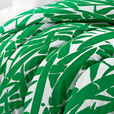 Diane von Furstenberg Giant Grass Duvet - This abstract and bold print from Diane von Furstenberg will make your bed fashionable. The kelly green and white version puts a twist on tropical or Palm Beach style.
