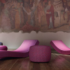 Contemporary Outdoor Chaise Lounges by Paola Lenti