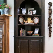 Traditional Kitchen Cabinetry by Furnitureland South