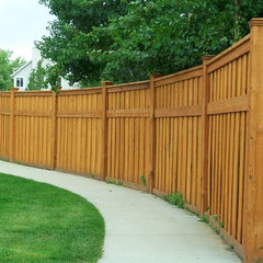 modern fencing by Encinitas Fence