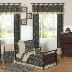 Sweet Jojo Designs - Sweet Jojo Designs Camo 5-Piece Toddler Bedding Set - The Green Camo collection from Sweet Jojo Designs brings a military-inspired motif to your child's room. Toddler bedding set includes a comforter, pillow sham, fitted sheet, flat sheet and pillow case.