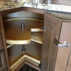 Cool Cabinet Features - Independently rotating lazy susan with no center bar