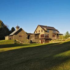 Farmhouse  by Cushman Design Group