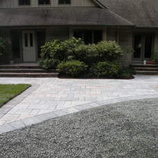 Modern  by Solid Root Landscaping LLC
